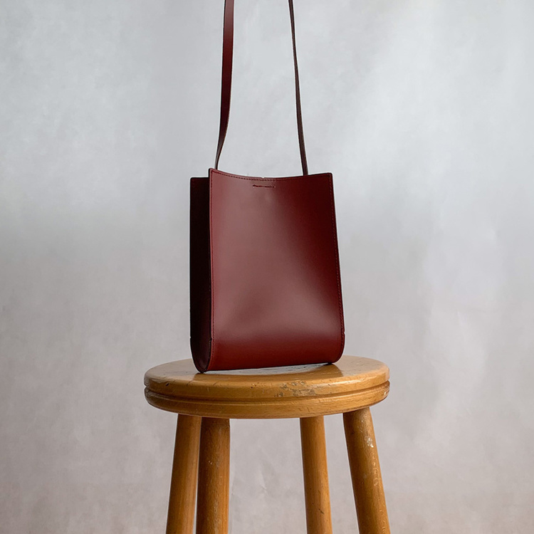 Picture of Leather Cross body Bag 17x22